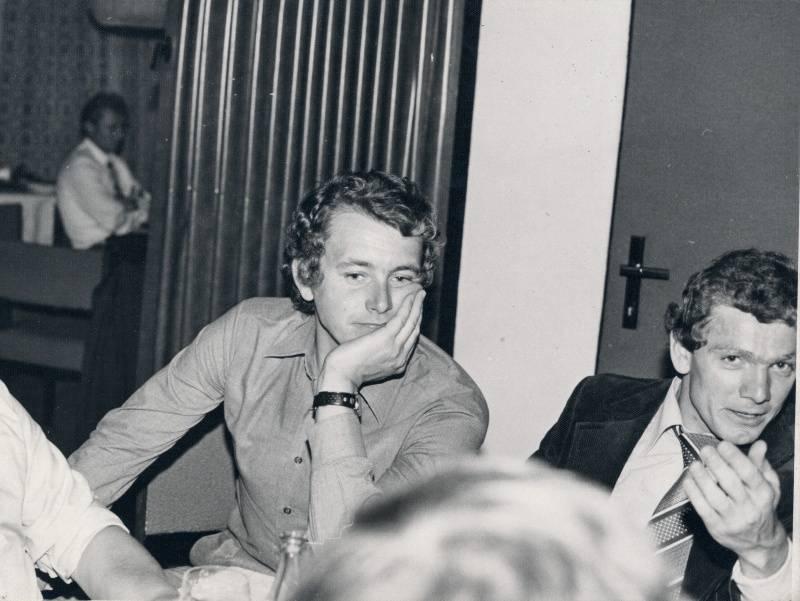 Vlastimil MORAVEC (vlevo) se svým dobovým spolubojovníkem a soupeřem zároveň, ale hlavně se svým kamarádem Jiřím Bartolšicem.