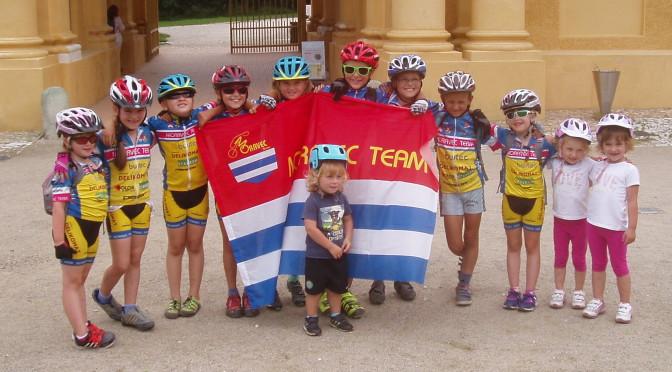 """Čtrnáct dětí na """"Urale""""!"""